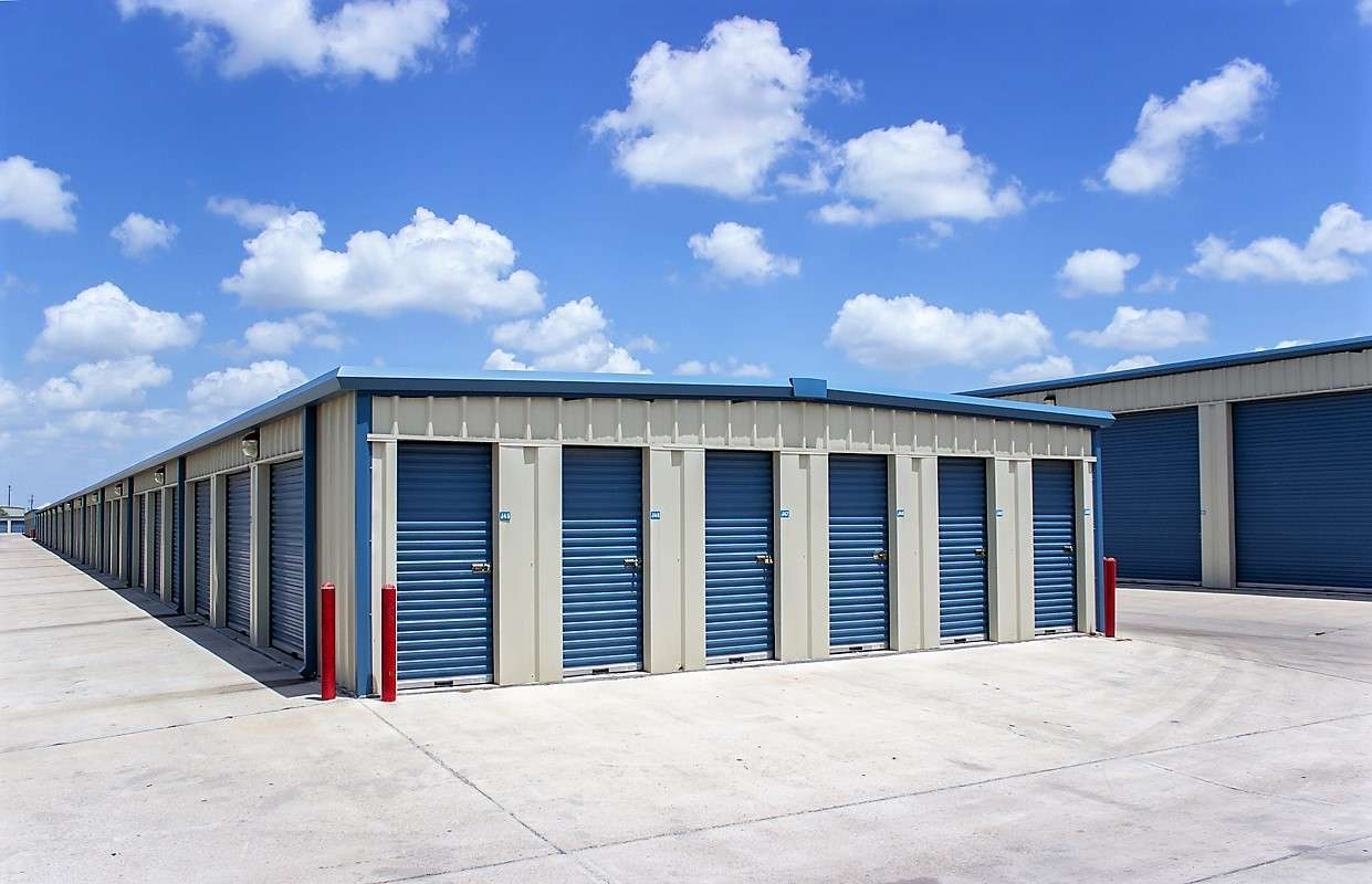 Exterior Units & Details for Move It Self Storage - Pharr